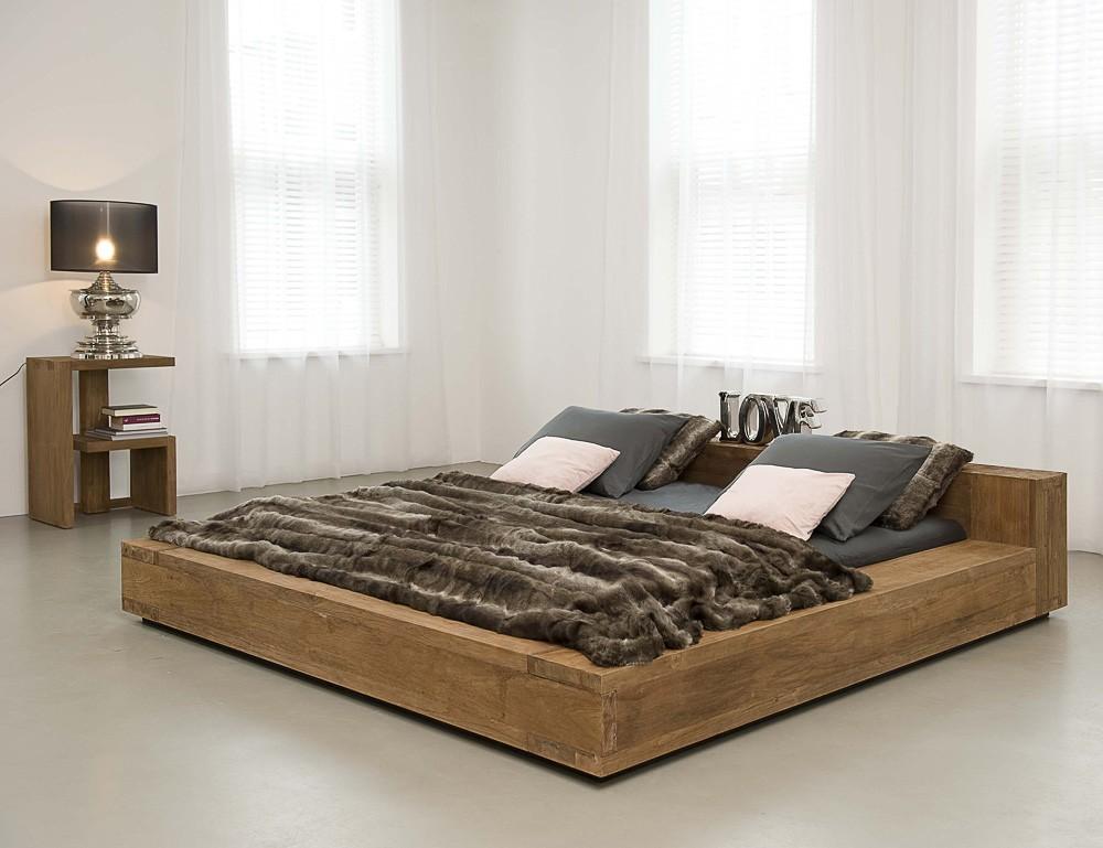фото кровать из массива