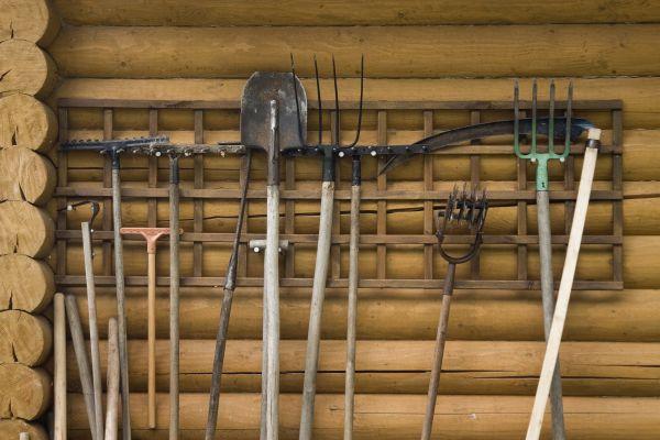 как заточить садовый инструмент