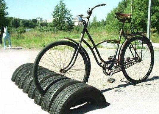 Поделки из шин стоянка для велосипеда