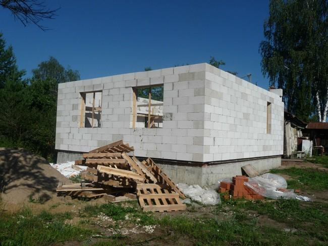 Как построить дачный домик из блоков своими руками фото 81