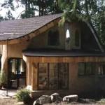 Дом построенный из самана