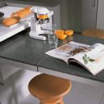 Кухонный стол-тумба с выдвижным столом