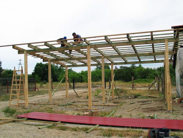 Этапы строительства односкатного навеса