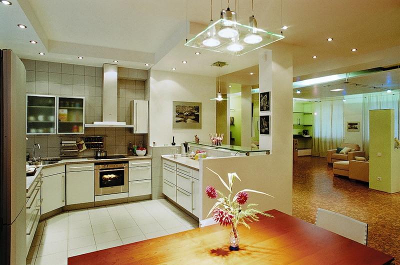 Размещение точечных светильников в кухонном помещении