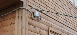 Способы подведения электричества к даче: какой из них выбрать?