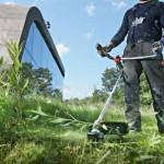 Как скосить траву на участке