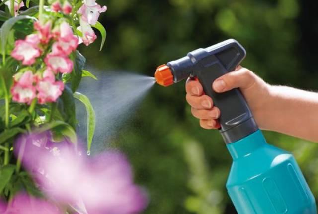 Садовые опрыскиватели и распылители