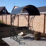 Мангал с крышей для дачи