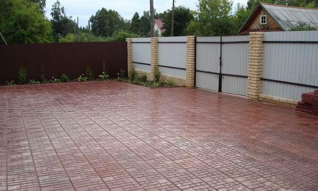 Брусчатка: отличные эксплуатационные качества и возможность декорирования участка