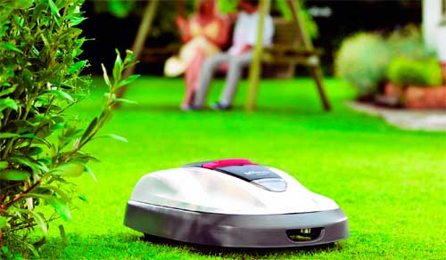 robot-lawn-mower-08[1]