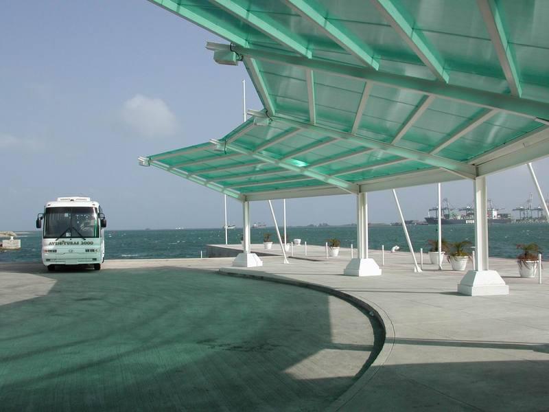 Применение сотового поликарбоната в строительстве