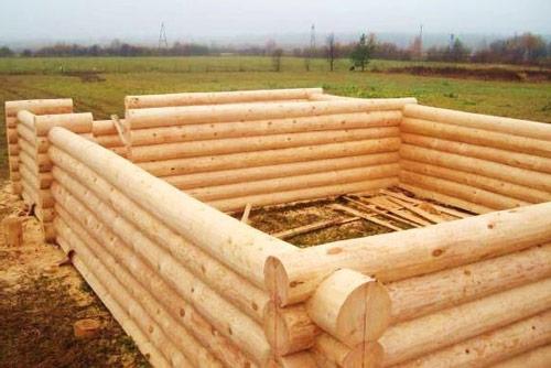 Выбор брусьев для строительства бани