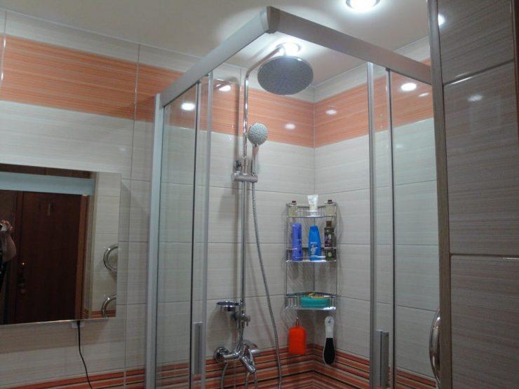Установка освещения в ванной