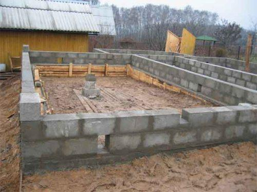 fundament-iz-blokov-fbs-4