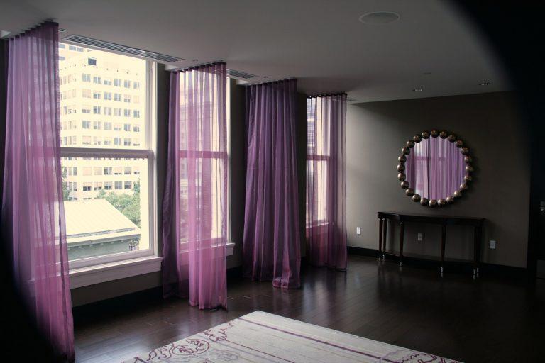 Неправильные шторы, удешевляющие наш интерьер