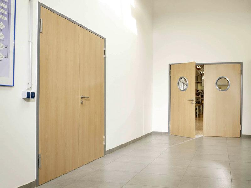 1432837151_mayatnikovye-dveri